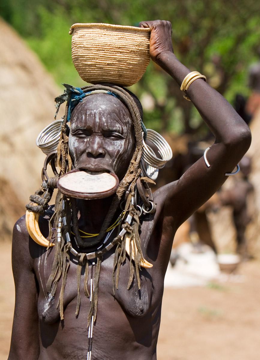 13 Mursi Tribe